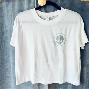 Crunch Fitness Cropped White Workout T-shirt